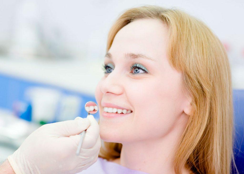 Clínica dental Rocío Mompó, estética dental en Benimaclet, Valencia